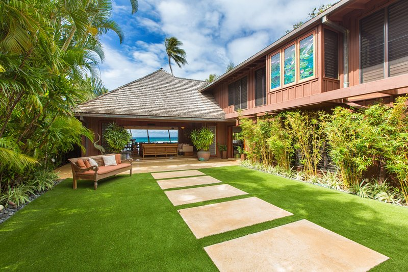 Benvenuto a The Villa at Diamond head. Dove sarete accolti calorosamente dalla bellezza degli oceani ogni volta che entrate in casa.