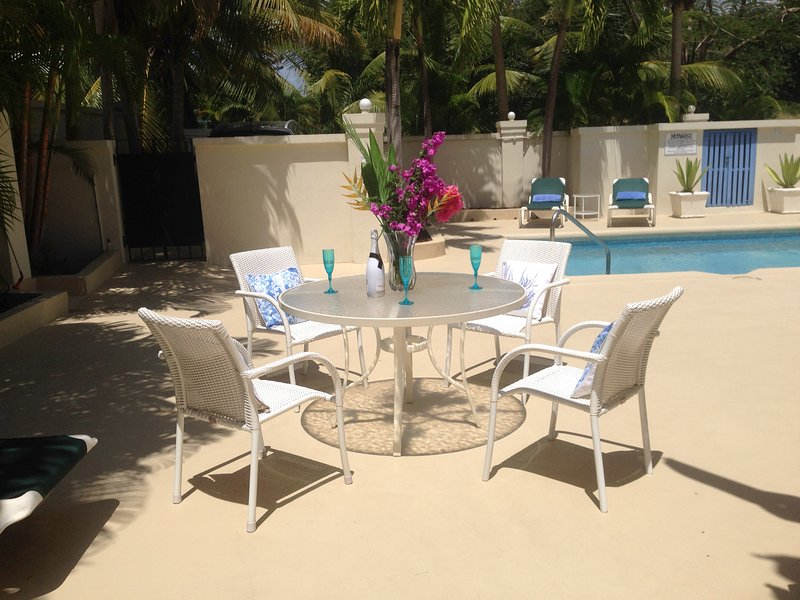 Hibiscus Villa, holiday rental in Holetown