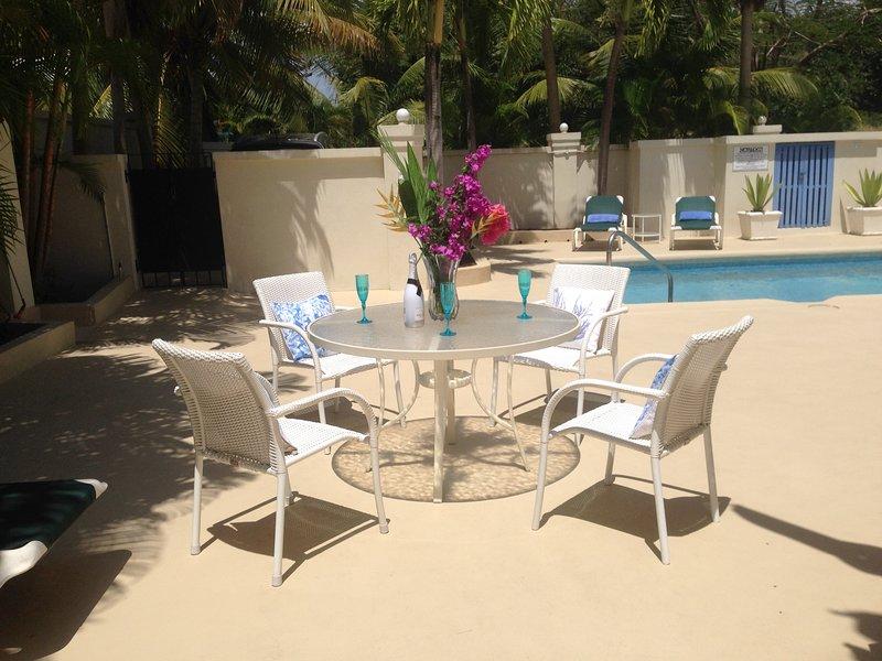 Hibiscus Villa, vacation rental in Holetown