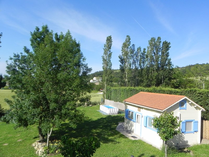 Gîte Villa Caline avec piscine privée, canal du midi, holiday rental in Montgey