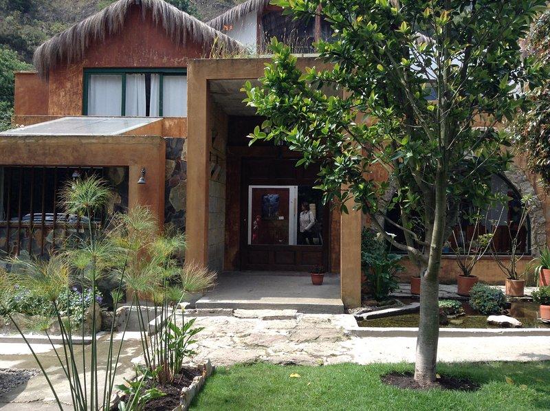 Hotel campestre dentro de la ciudad – semesterbostad i Bogotá