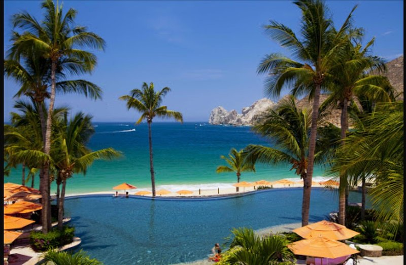 The famous Cabo Arches