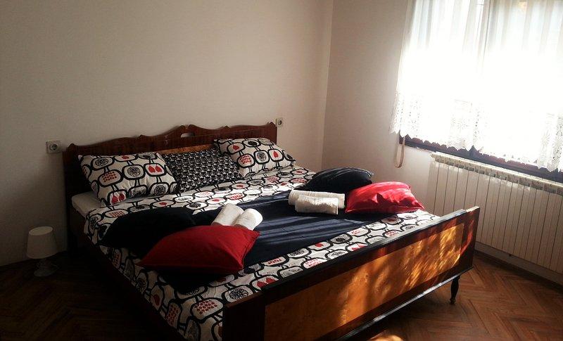 Apartment Stiva Zagreb, holiday rental in Kraljevec Sesvetski