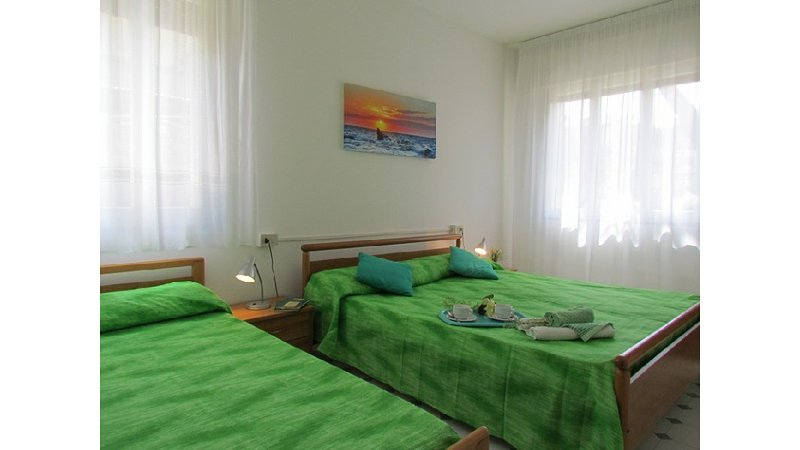 Cozy Condo up to 7 Guests - Air Conditioning - Private Parking - Beach Place, vacation rental in Bibione