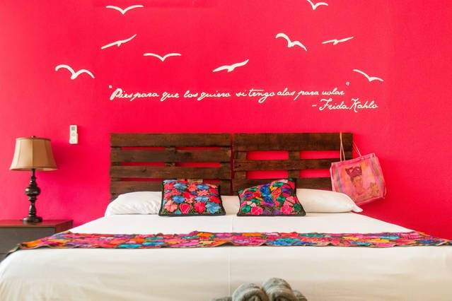 Frida room with king size bed