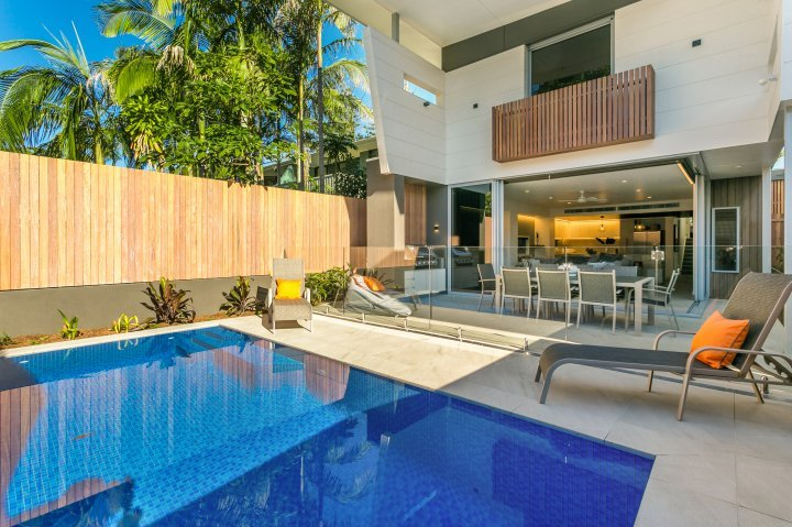 KoKo's Beach Houses 1 and 2, holiday rental in Byron Bay