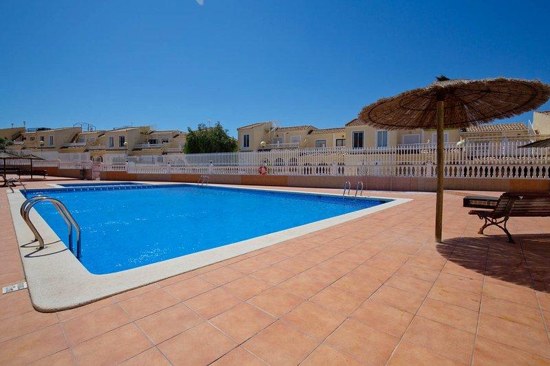 Gran Alacant Serena apartment, holiday rental in Gran Alacant