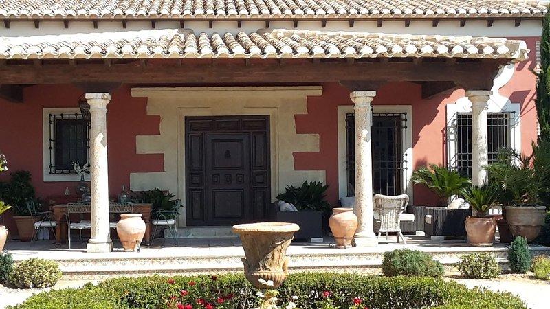 villa señorial en Mula, Murcia, cultura, gastronomia, playa ,sol, alquiler vacacional en Bullas