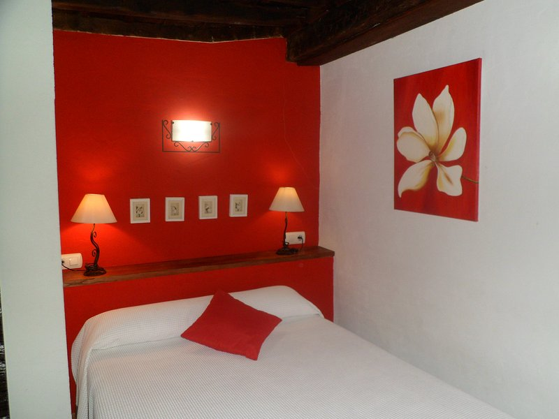 ALBORADA ROJA, holiday rental in Pinedas
