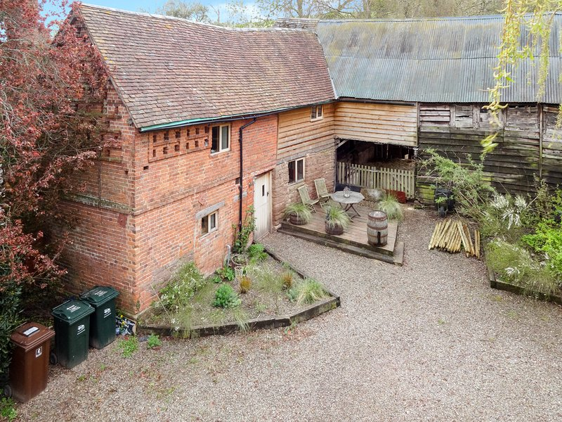 Hop Pickers' House - an aerial view