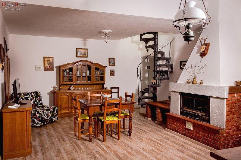 VILLA LE BALZE - BELLAVISTA, holiday rental in Leccio