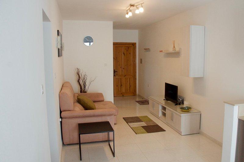 Modern Apartment 10 mins from Seafront, Ferienwohnung in Ta' Xbiex