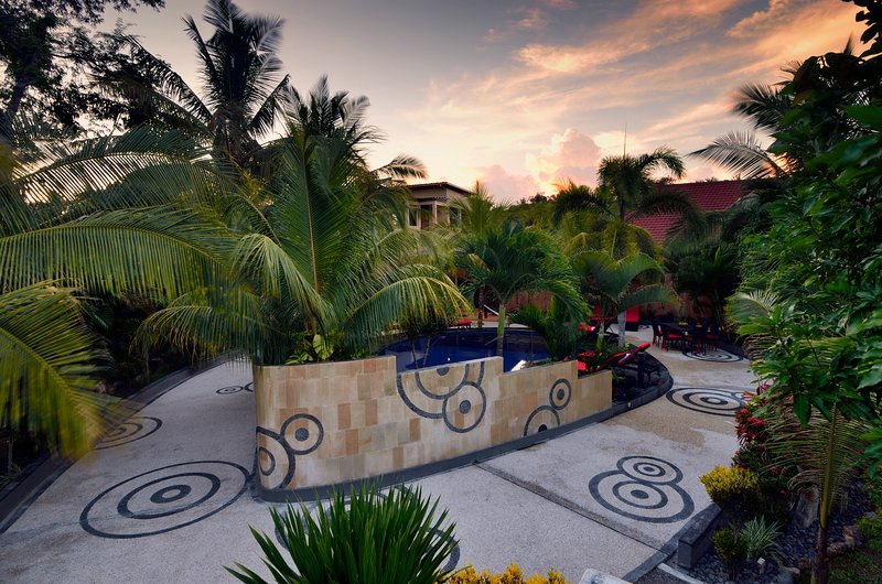 Riviera Private Pool Villas (Kuta Lombok), vacation rental in Lombok