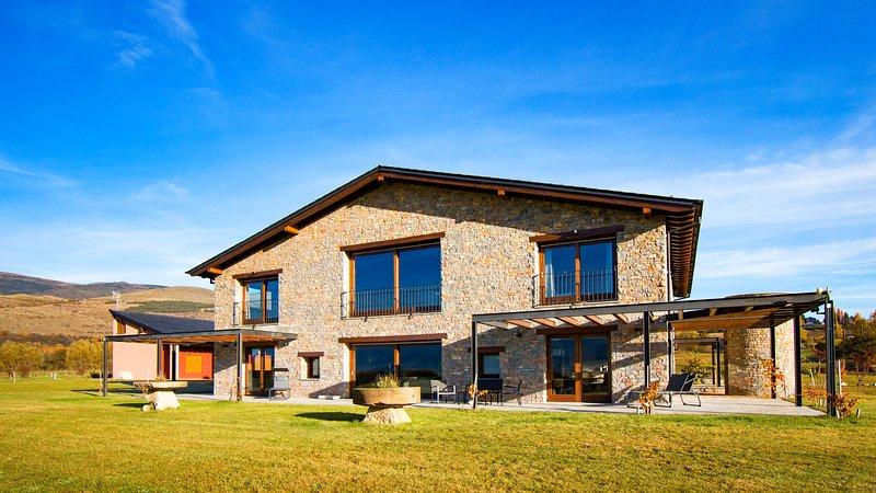 LES FEIXES LLARGUES, Bolvir, LaCerdanya, Girona, holiday rental in Bellver de Cerdanya