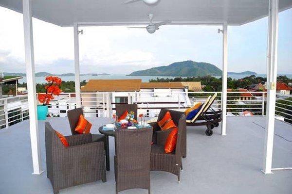 Very nice and big property in beautiful Nai Harn, location de vacances à Tha Yu