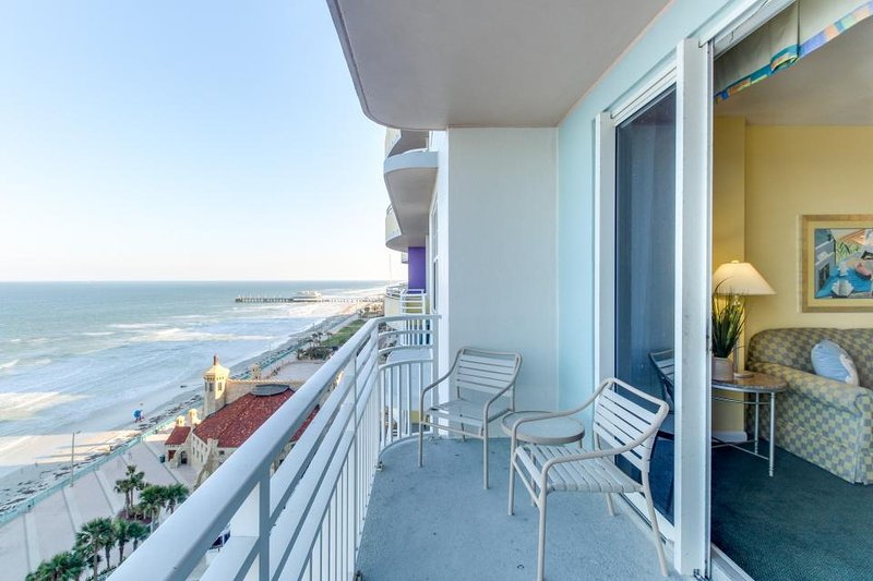 Oceanfront Condo W/ Views, Pools, Hot Tub, & Nearby Beach