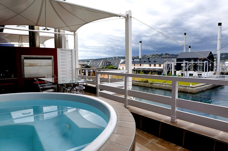 Penthouse Apartment, holiday rental in Brenton-on-Sea