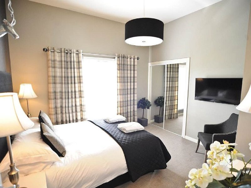 Stirling Luxury Apartments,, holiday rental in Stirling