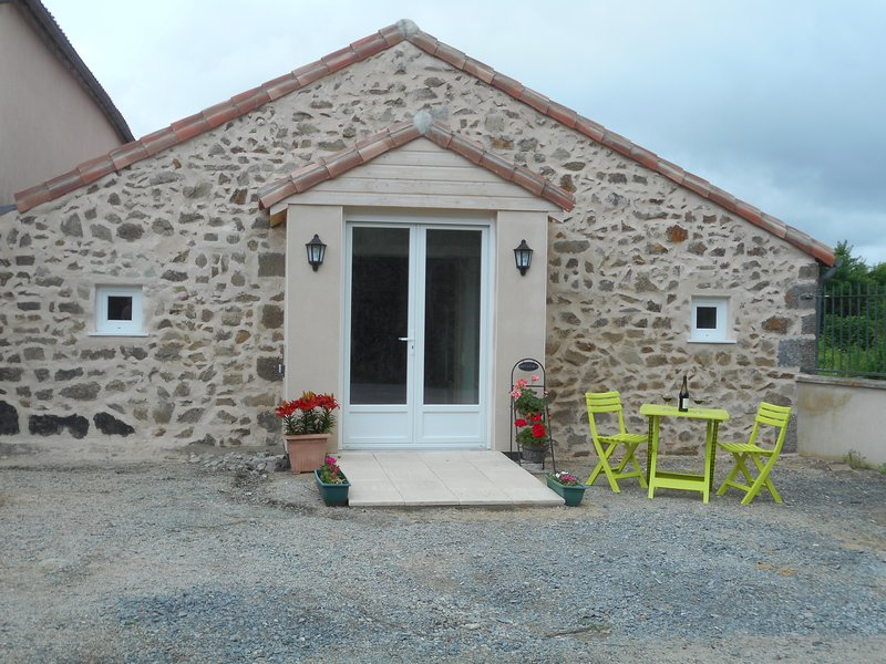 La Cachette  a place to relax and enjoy the peace, tranquility and quiet of the French countryside