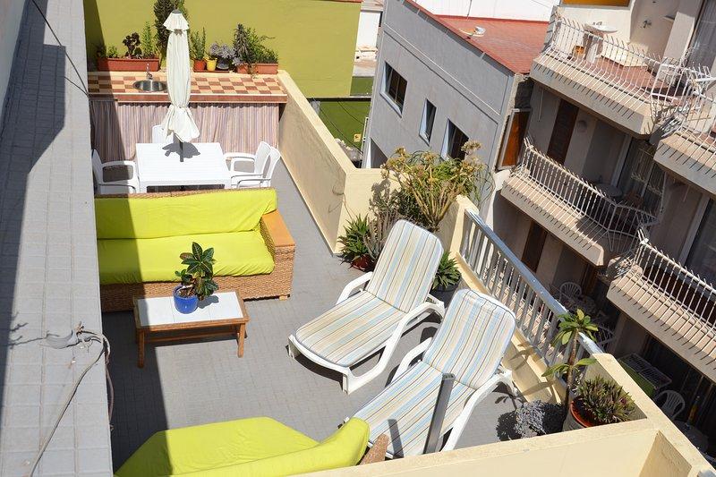Super Terrace Penthouse Cristianos beach  First line Ocean views 100% SUN&Relax – semesterbostad i Arona