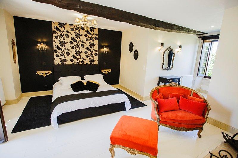 Clos des Pelissous, B&B, Pool- Petite Venise , Bedroom for 2 people, location de vacances à Campsegret
