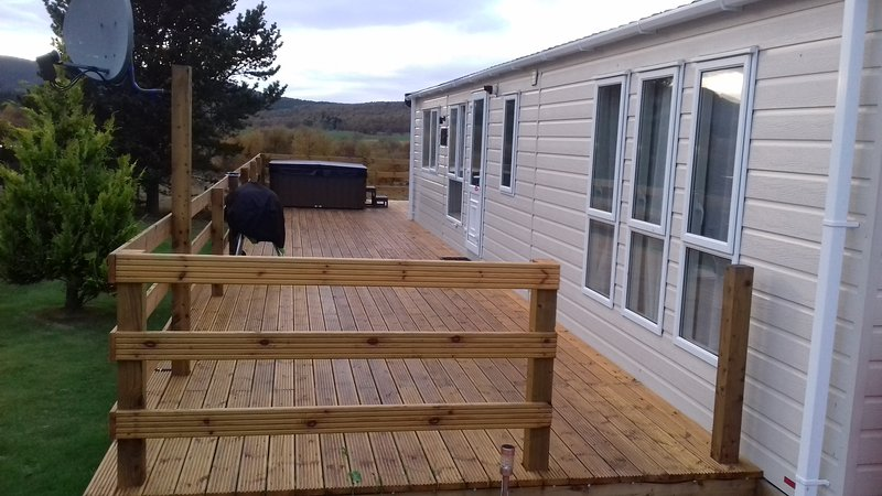 Large deck to side