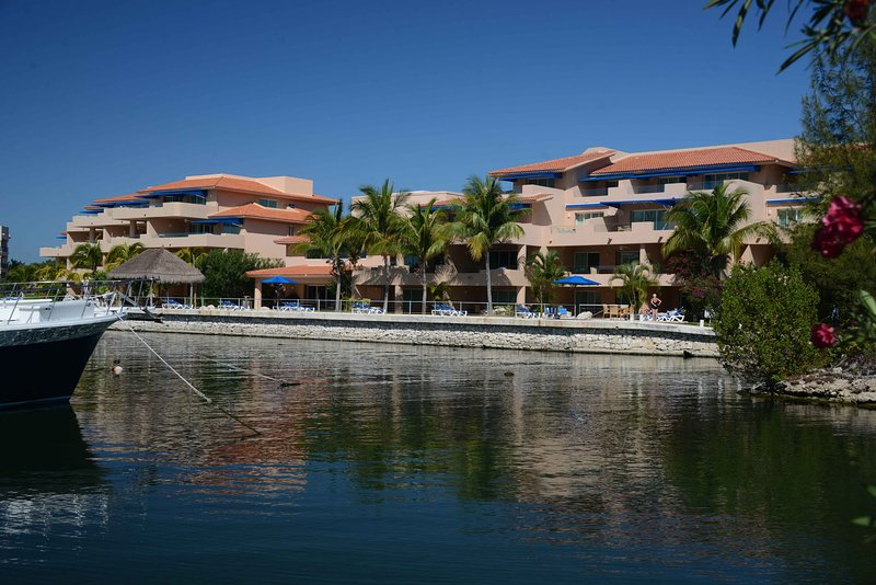 Porto Bello is in the heart of the Riviera Maya