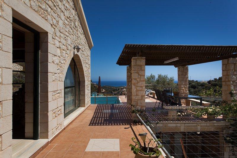 Vio-energy villa Antonis, location de vacances à Stalos