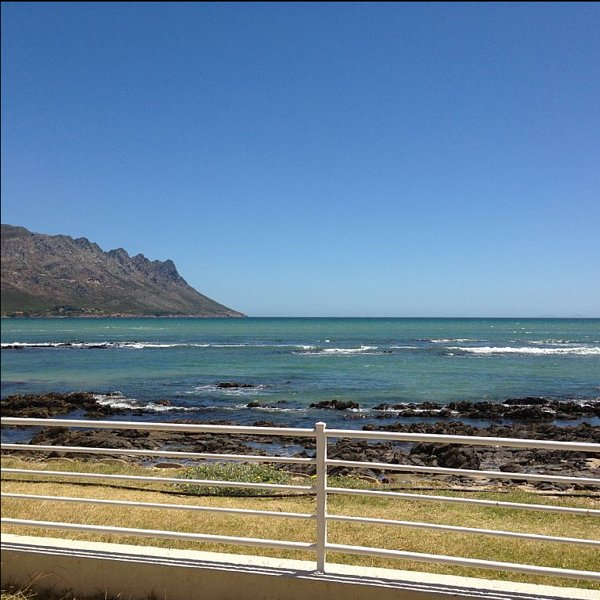 Sand, sea and 360 degree view of False Bay right on the door step