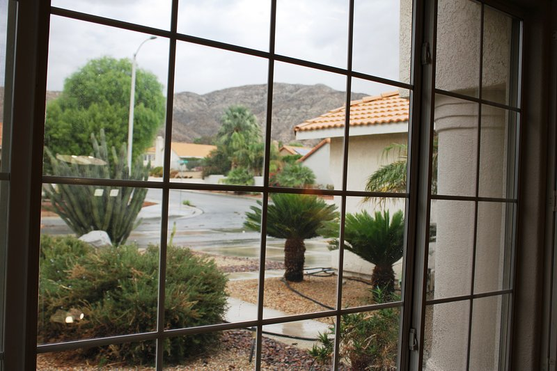 BEST VACATION HOUSE FOR ROMANCE & RELAX  IN DESERT HOT SPRINGS/ PALM  SPRINGS CA, vacation rental in Desert Hot Springs