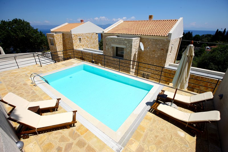 Kleio Luxury Villa, vacation rental in Loggos