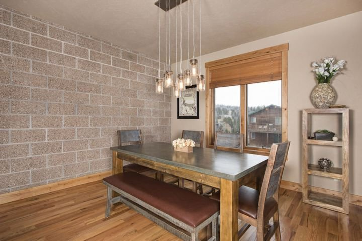 Roomy Dining Area To Enjoy A Meal Or Play Games
