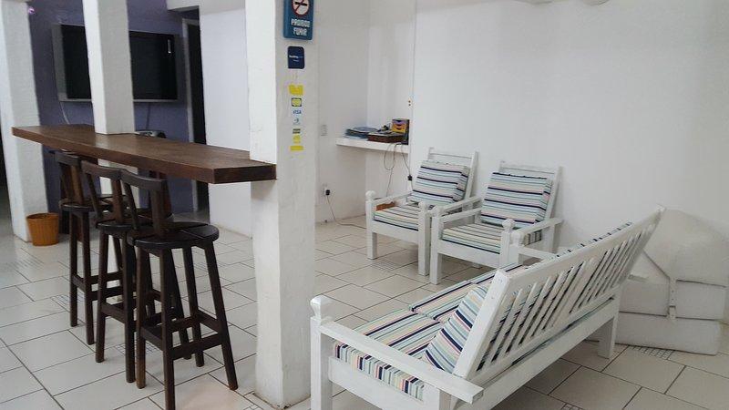 CASA NO CENTRO A 50 M. DA RUA DAS PEDRAS, alquiler de vacaciones en Búzios