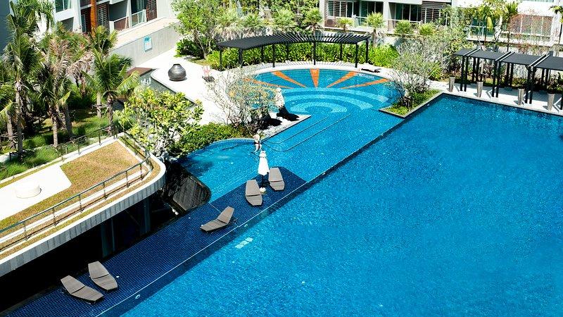 SEACRAZE D709 | Spectacular Pool | Near Beach, holiday rental in Hua Hin