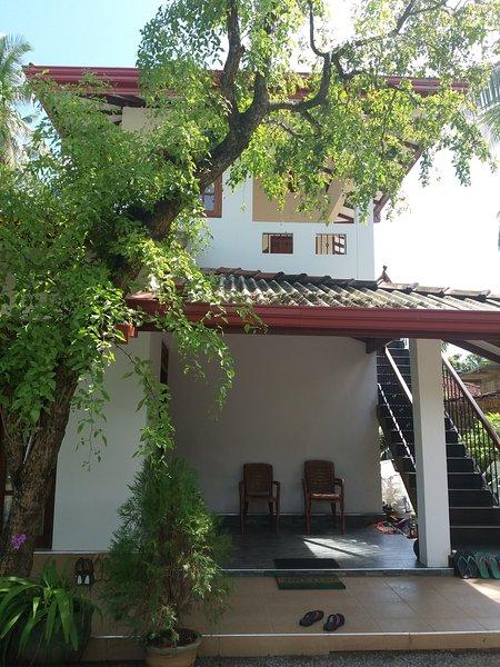 Veenu Apartments, Ferienwohnung in Moragalla