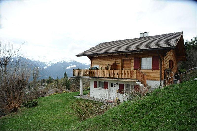 Au coeur du Valais, proche de Crans-Montana, Ferienwohnung in Crans-Montana