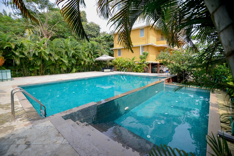 TripThrill Serenity 3 BHK Villa C14, vacation rental in Carmona