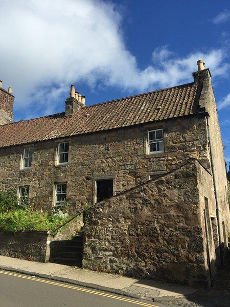 Nossa casa de pedra tradicional, construído