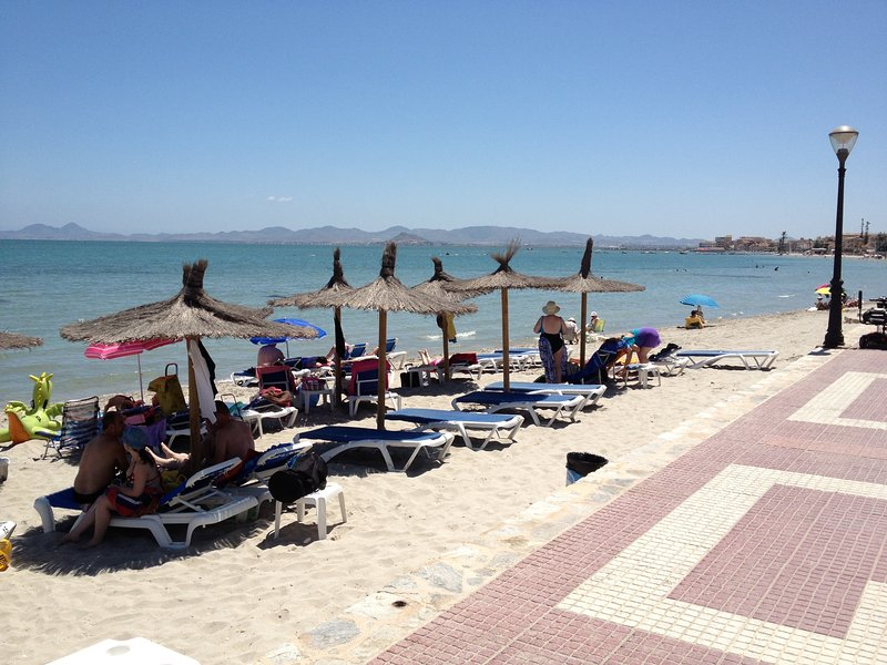 A fifteen minute drive away, the warm sea and gorgeous beaches of the Mar Menor.