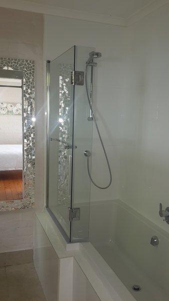 Hauptschlafzimmer Dusche