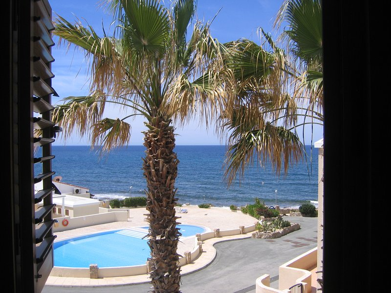 Luxury Apartment with Stunning Views, holiday rental in Chloraka