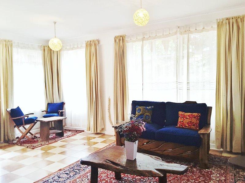 Elegant 2 Bedroom Apartment in Mountain View Estate, vacation rental in Limuru