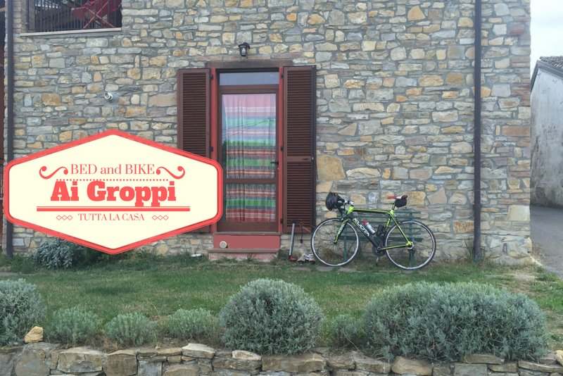 Bed & Bike Ai Groppi -weekend in bicicletta vicino al Castello di Gropparello, vacation rental in Gropparello