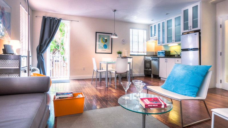 Raleigh, Pool + Private garden, holiday rental in Miami Beach