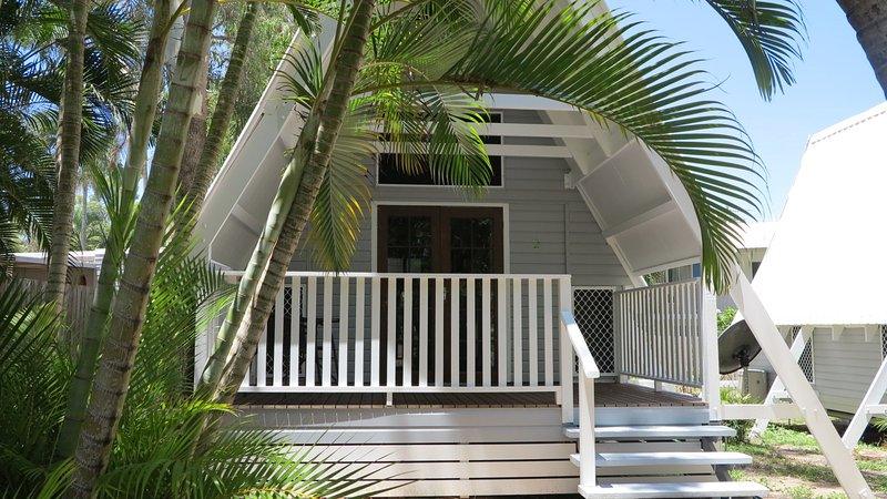 Picnic Bay Chalet Unit 2, location de vacances à Alligator Creek