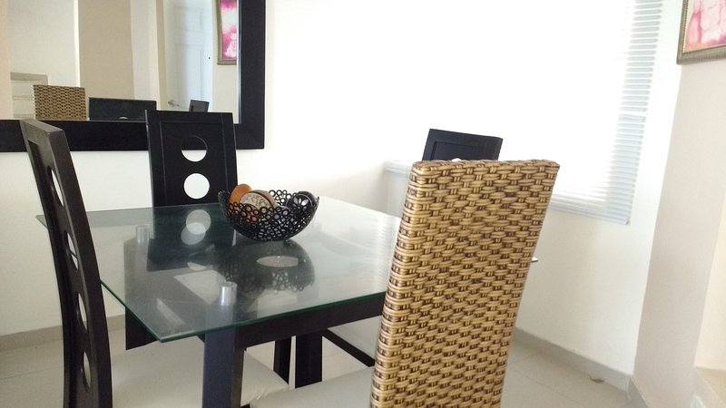 Habitaciones solo mujeres, Ferienwohnung in Puerto Colombia