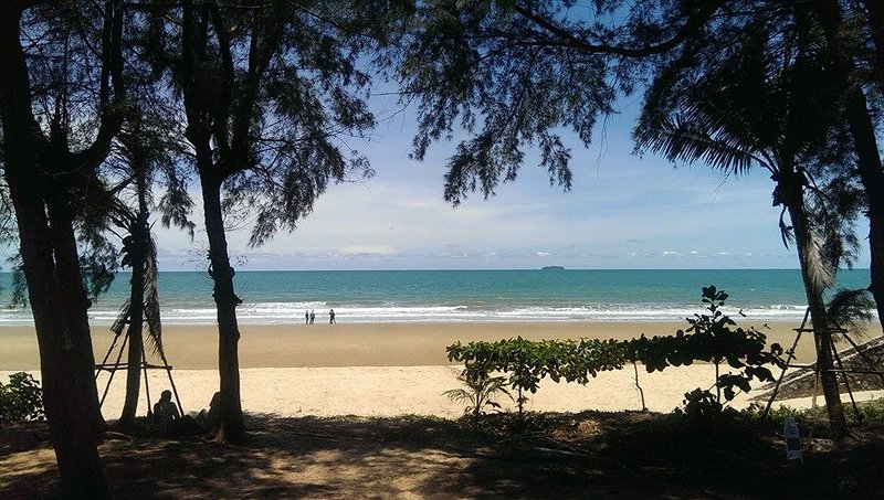 Rayong Beachfront Condo, holiday rental in Ban Laem Mae Phim