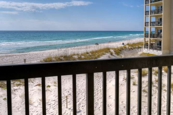 Beautiful Views of the Emerald Green Waters and Sugar Sand Beaches of the Gulf of Mexico from your own Private Balcony!