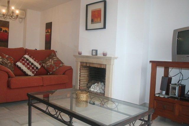 Adosado en Nuevo Portil - NPG0409, holiday rental in Gibraleon