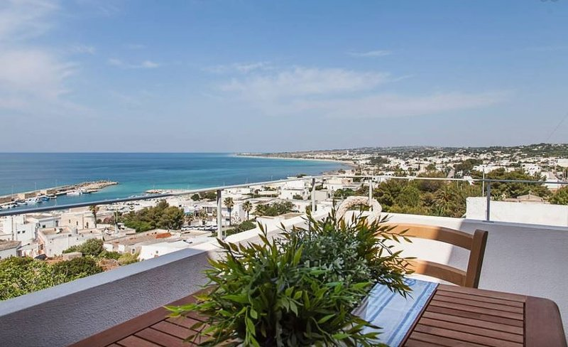 Montirossi beach house, vacation rental in Torre Vado